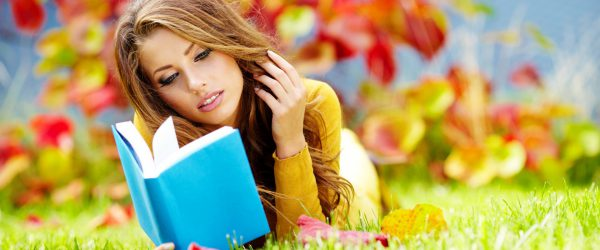 girls___beautyful_girls_reading_the_book_of_nature_042864_